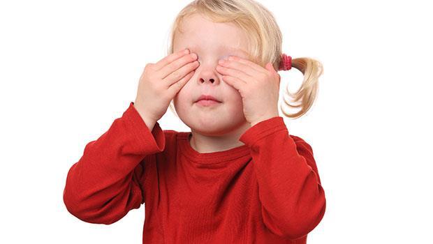 小孩第一次上台表演緊張發抖、講不出話...》如何教出不怯場的孩子? - 商業周刊