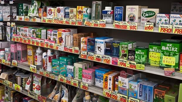 赴日旅遊不會再看到陸客擠滿藥妝店?日本EVE止痛藥、眼藥水在阿里巴巴開賣