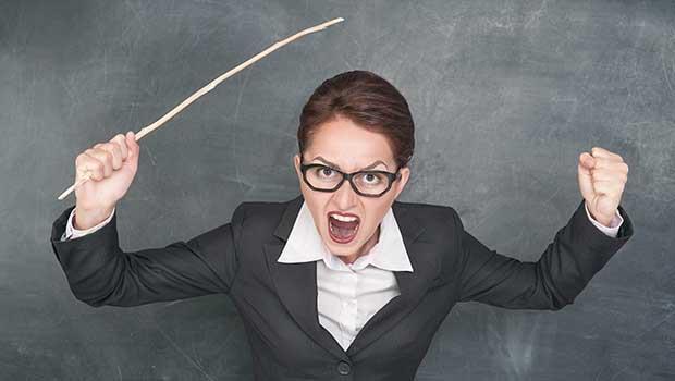 濫用體罰是教育者的懶惰!何時才能停止「像電擊老鼠」那樣,矯正孩子的錯?