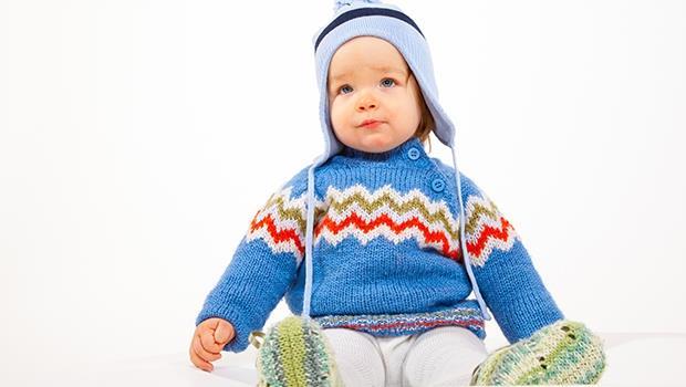 天氣好冷,怎麼幫小孩穿衣服比較適當?科學有解:比大人少X件就對了!