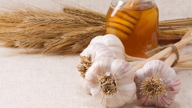 超級黃金拍檔!蜂蜜+大蒜,1步驟徹底發揮抗癌功效