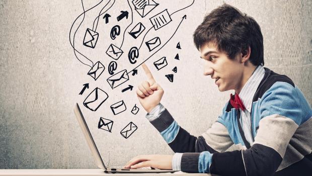 寫email,何時該用Hi、何時該用Dear開頭? - 商業周刊