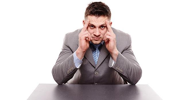 大老闆發千萬年終,2主管領走800萬,員工秒剩5千...為什麼主管往往比老闆更苛刻?