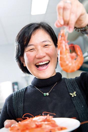 宜蘭大學生物技術與動物科學系講師 李意娟