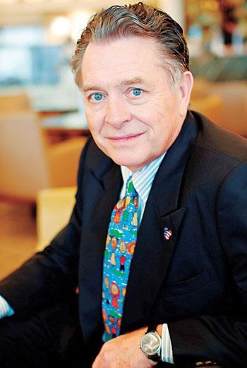 迪士尼樂園世界度假村前高級副總裁 科克雷爾(Lee Cockerell)