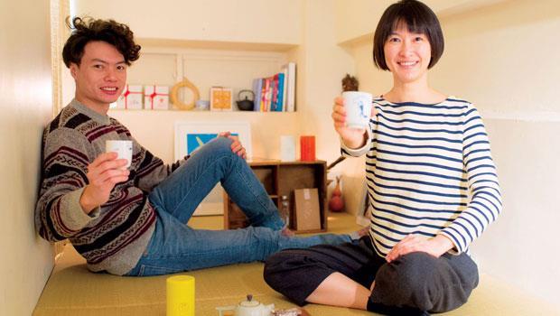 透過每季精選台灣單品好茶,楊德威(左)和蕭意玟(右)要讓年輕人愛上喝茶的滋味。