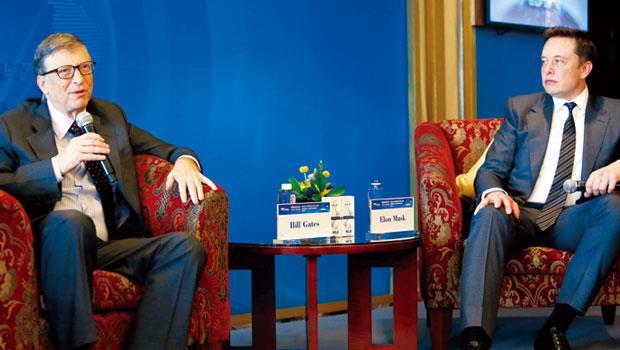 比爾.蓋茲(左)和馬斯克均研發、投資人工智慧,但兩人仍深表疑慮。