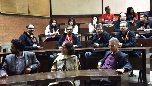 印度竟是全球CEO最大生產地?台灣女生:一堂「問答課」讓我看見他們的自信