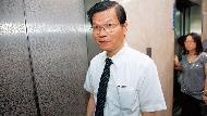 翁啟惠自打臉 違反自訂利益迴避內規