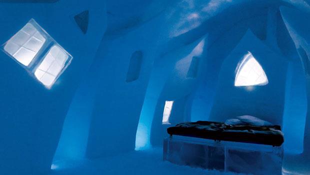 在溫度零下的房間住宿,環境如夢似幻。該如何睡覺成了重要的須知,不能掉以輕心