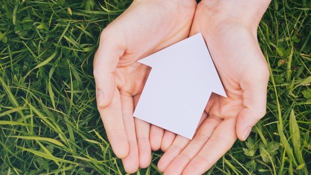 這篇說出「就是要買房」的心聲:「擁有」的感覺,拿一半薪水換也值得