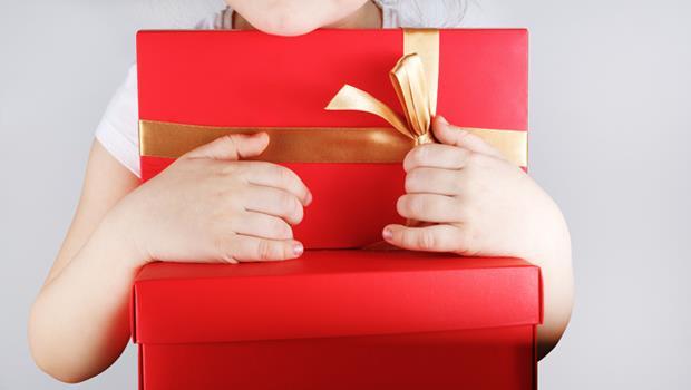 一個從來不送小孩禮物的家長,為何孩子反而表現優異?