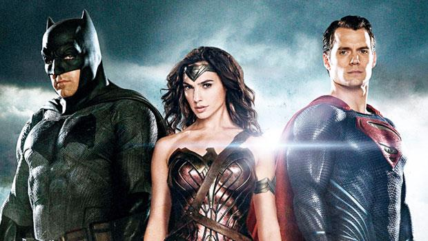 華納DC 超人、蝙蝠俠與神力女超人合體,以漫威的復仇者聯盟為假想敵,超級英雄電影將是雙方未來重金部署領域。