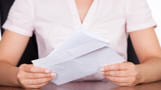 Push the envelope這句話跟信封一點關係也沒有,而是...
