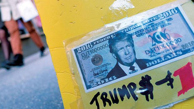 川普宣布,如果當選將以低稅率鼓勵企業匯回海外避稅資金,美元預期有升值空間。他會是美元的救世主嗎?