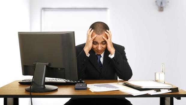 公司營運困難就把正職員工改約聘,這樣合理嗎?法律顧問這麼說.....