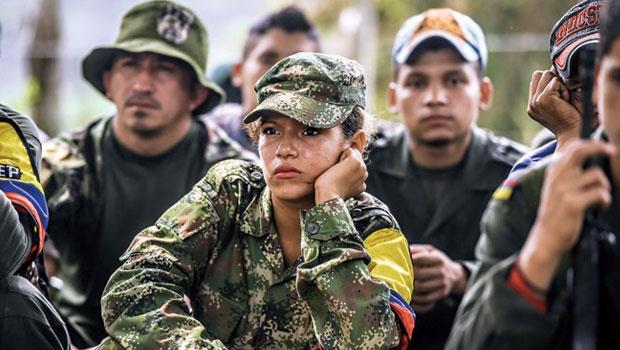 哥倫比亞2003年就推回歸社會計畫,協助前革命分子就業,但50多年仇恨難解,成功個案極少。