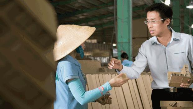 他30歲,放棄6萬月薪》前進越南創業,熬成營收3億的蜂巢紙大王
