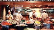 周遊亞洲後回台》這道「辣炒手剝蟹肉義大利麵」讓台灣的餐廳扳回一城
