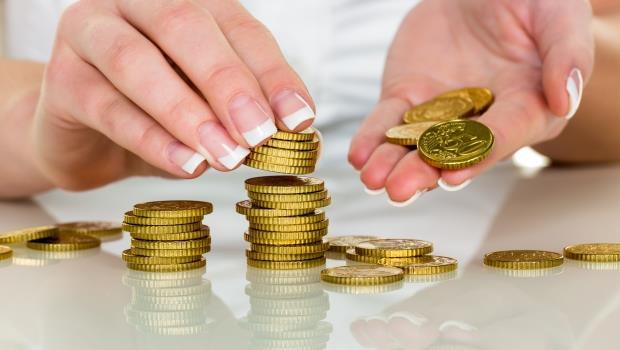 想更快存到錢,千萬別用「每月固定存X萬」這個方法!