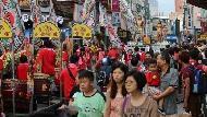 德國記者:在電子花車搔首弄姿的女孩身上,我看到台灣人對信仰的付出