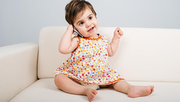 「雙語家庭」會讓小孩混淆嗎?荷蘭爸爸:完全不會!小孩比你想得更聰明