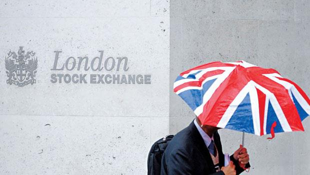 英國人想要離開歐盟做自己,但在全球化的世界裡,沒有國家能獨善其身。金融市場連環爆、倫敦地位滑落,就是最好證明。