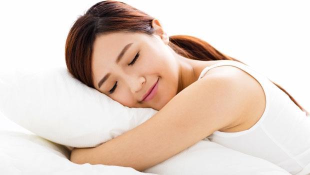 睡錯了等於一個月胖1公斤!「灰姑娘式睡眠」讓身體逆齡回春,遠離中年肥