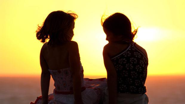 朋友不是加法,無數個假面的人,不如一個真心的陪伴