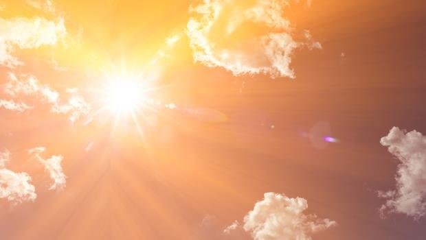 高溫破表限電》容易搞混的多益單字:節約能源該用conserve還是reserve?