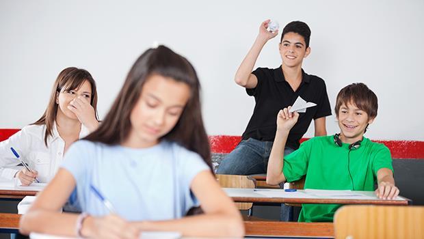「老師最喜歡的學生,全班都討厭她!」師鐸獎得主25年的教育省思:我絕不過分稱讚學生