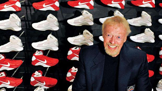 年營收306 億美元、全球最大運動品牌Nike的創辦人身價244 億美元,《富比世》美國富豪榜第17 名
