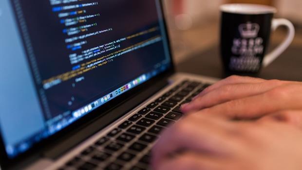 你也是其中之一嗎?71%的業務都把時間浪費在「建立客戶資料」