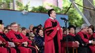 湖南文盲之子成為哈佛畢業生代表、大陸買下機器人公司、當特斯拉高鐵金主...台灣呢?