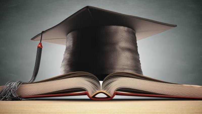 畢業後,該花多久時間找「真正喜歡的工作」?一個大學教授的建議:花十年不為過