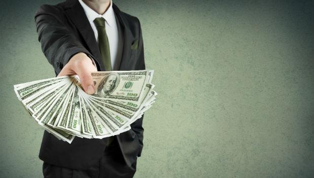 面試一份200萬的工作,人資竟要求「提供扣繳憑單」...想拿高薪,你該思考的5件事