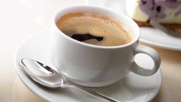 喝完咖啡有泡沫殘留,才是好咖啡!豆漿、優格、堅果...專家親授5食物挑選百科