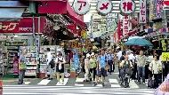 中國人去日本,不買「電器」改買「藥妝」,竟是因為這件事....