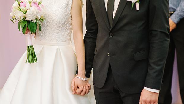 台灣男人有房有車才娶得起老婆?荷蘭爸爸:為什麼不是相愛的兩個人一起努力? - 商業周刊