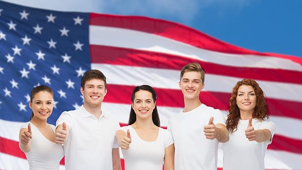 祖父是非法移民、在餐廳打工,孫子卻能上哈佛、選州長...「美國夢」還在嗎?