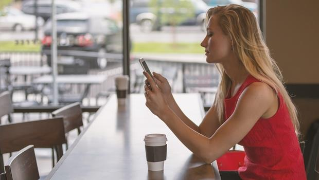 「已讀不回」、「太狂了」英文怎麼說?10個美國鄉民也愛用的網路用語!