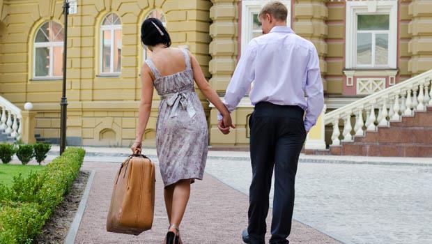 行李太重,卻沒一個男生幫忙》一個台灣媽媽觀察:這是以色列男人的體貼