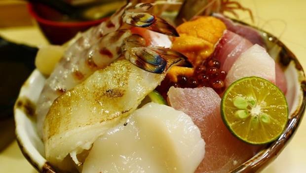 一碗160元海鮮丼,打敗900元吃到飽...網友分享10間口袋名單必吃日本料理