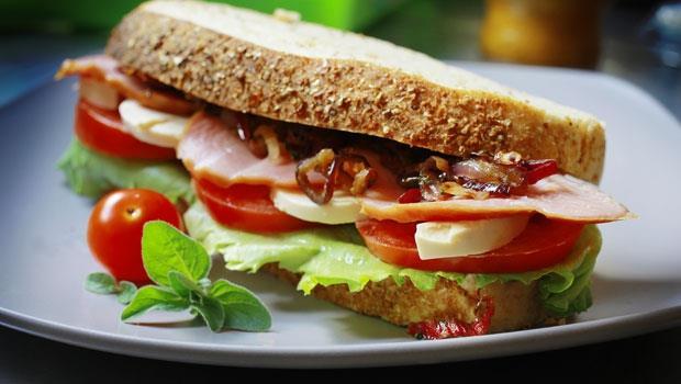 一天少吃300大卡,一年至少瘦10公斤!營養師的早午晚菜單,讓你無痛減肥~