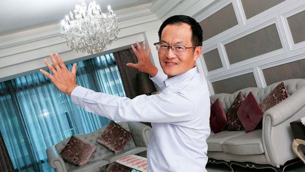 經歷11 年事業高峰重摔,葉國華「限期踏出下一步」的心態,讓他翻轉房市交易模式的想法成真。
