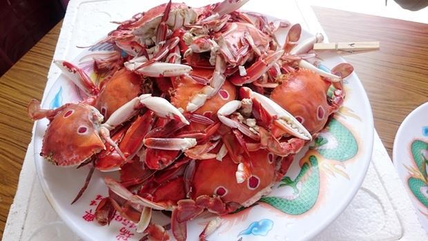 秋天限定的「活蟹市集」!海鮮到文青小物都有賣,網友推薦的10大必逛特色市集