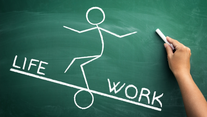 一份錢多事少離家近的工作,為什麼不能帶給你永久的快樂?-職場-老黑看世界|商業周刊-商周.com