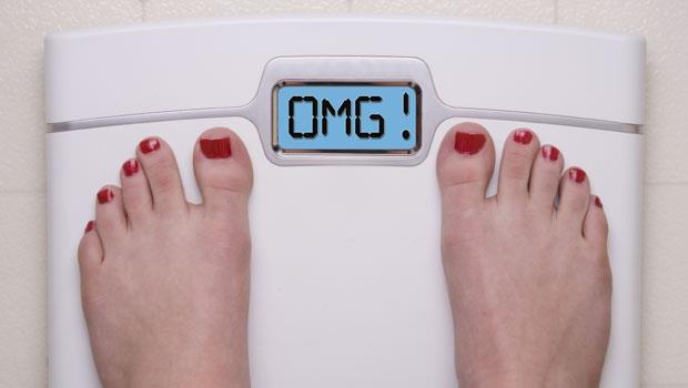 早晚體重差超過1公斤,就是吃太多警訊!3個不復胖的好習慣,肥肉永遠斷捨離