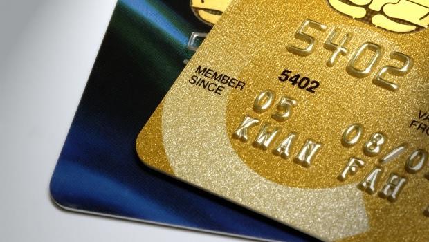 網購+實體店面消費,手中一定要有的兩張信用卡...刷到最多現金回饋才聰明