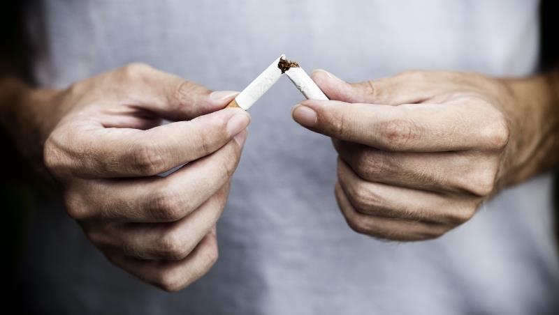 想幫家人戒菸?叼唸只是讓抽菸者更愧疚,一個戒掉28年煙癮的外商老總建議這樣做...